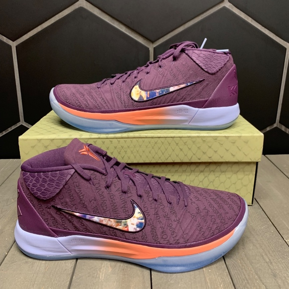 the latest 09d20 70566 New Nike Kobe AD PE Devin Booker Purple Gold Shoe